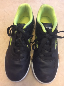 Indoor Boys Soccer Shoes - Size 1