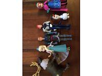 'Frozen' figurines - set of 6