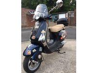 Vespa LX 50 2007 1 year MOT . £750