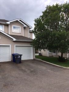 Townhouse with attached garage for rent