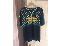 Borussia Munchengladbach shirt. New without tags - xxl