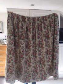 2 Pairs of M&S good quality curtains in Ashleigh Roses floral fabric. Collect Fulham