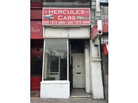** Nice SHOP in Halloway Road, good for Internet Cafe', really cheap, Business Rates Included !! **