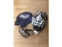 MT Kids MX2 Technical helmet white/grey and MX goggles Track series