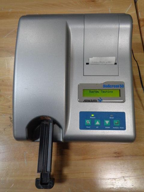 DiaScreen 50 Arkray Urine Chemistry Analyzer Powers Up, Prints