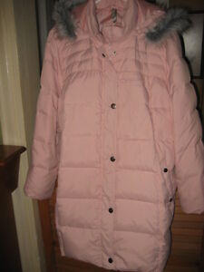 REDUCED! NEW PINK DOWN FILL LADIES WINTER COAT, 4X PLUS SIZE