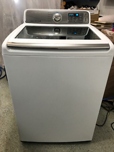Like new Samsung Top Load washer 5.2 cu ft