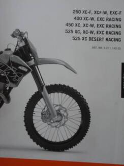 KTM OWNERs MANUALS SELECTION, IN SPANISH only Dianella Stirling Area Preview