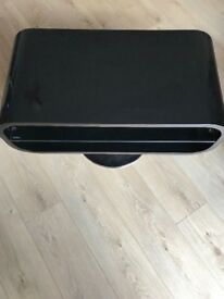 Retro Black Gloss Oval TV Stand