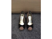Ladies two tone Shoes for sale