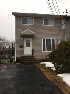 Semi Detached Home in Cole Harbour