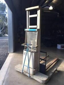 Forklift, CROWN Model B Walkie Stacker Bendigo Bendigo City Preview