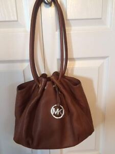 Michael Kors purse - hardly used