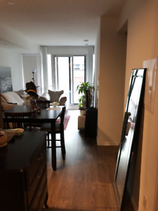 1 Bedroom plus Den For lease Bay and Adelaide area