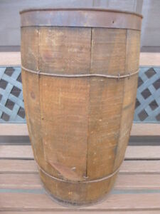 ANTIQUE WOODEN NAIL KEG WITH 100 SQUARE NAILS