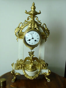19th  CENTURY WHITE MARBLE FRENCH MANTLE CLOCK