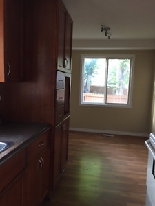 West End Townhouse condo for rent August 1st