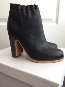 Women's BRAND NEW leather ankle boots_SALE_DESIGNER