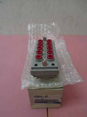 SMC KDM10-07 Multi-Connector, KDM, 1/4 inch, OD Tube, 10 station, pneumatic