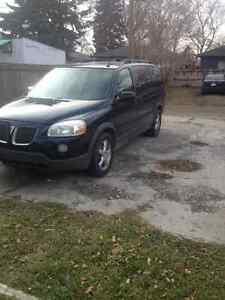 2005 Pontiac Montana SV6 Minivan, Van