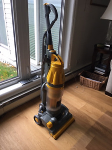Dyson DC07 Root Cyclone Vacuum