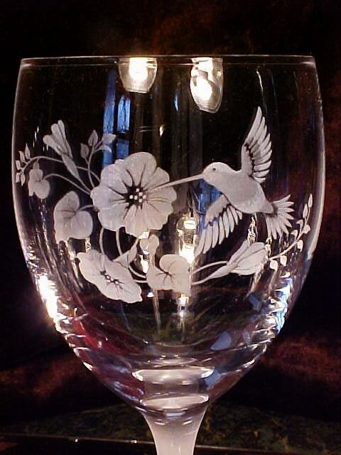 4 Frosted HUMMINGBIRD & FLOWERS Wine Goblets Glasses FROSTED Stem & Foot NEW!!