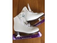 Ice skate bundle - size 2 girl's in nearly new condition