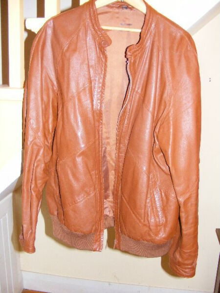Mens'  BROWN LEATHER  JACKET,  CAFE COLLAR.  size 38-40