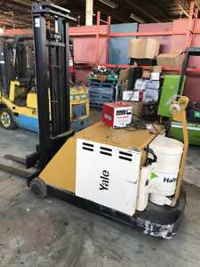 Electric walkie stacker for sale