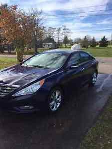 2011 Hyundai Sonata Limited w/Nav *ONE OWNER*