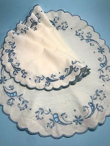 Vintage 5 matching Madeira Hand Embroidered Round Table Mats Doilies Portugal