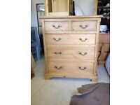 Chest of drawers x 2 - Excellent Condition