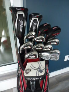Superbe ensemble de golf Titleist 714, Callaway Razr , Ping G25