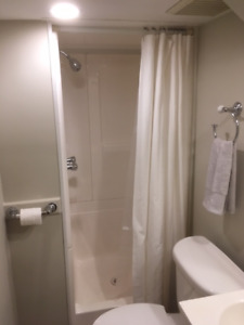 ~ FURNISHED 1 BEDROOM WATERFRONT APARTMENT  ~