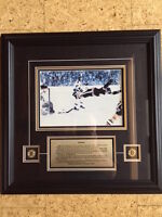 Sports Memorabilia Hockey - Framed Photo Bobby Orr