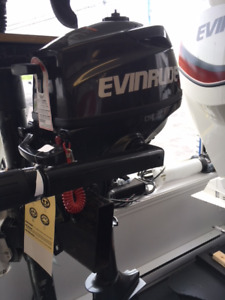 MOTEUR EVINRUDE 3.5 HP  Neuf