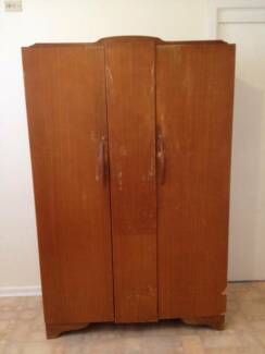 Wardrobe - hanging space ⁄ shelves & drawers Smithfield Parramatta Area Preview
