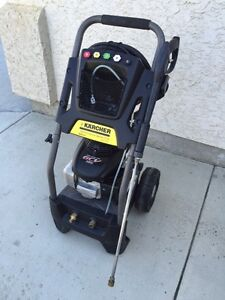 Karcher 2800 PSI (Gas - Cold Water) Pressure Washer w/ Honda Eng