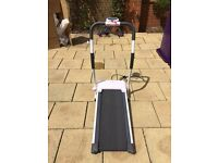 Lightweight, easy storage and assemble treadmill. Complete instructions and 3 workout programmes