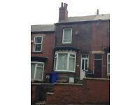 3 BEDROOM MID TERRACE TO LET ON ELLESMERE RD NORTH - £495 PER CALENDAR MONTH
