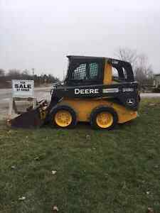 2010 JOHN DEERE 318 D SKID STEER LOADER