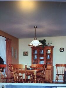 Dining Table with Buffet & Hutch Cornwall Ontario image 2