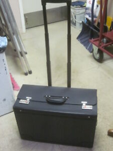 Laptop / Salesman Rolling Case - Great for Student or Sales