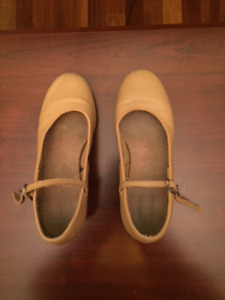 Dance shoes both are size 5