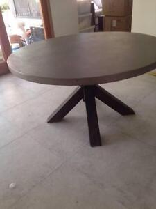 Lavanzo Nick Scali Round Concrete Dining Tabale Alexandra Hills Redland Area Preview