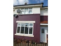 Spacious 3 Bedroom End Terrace with Garage - 33rd Avenue - £510 Per Month