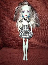 Frankie Stein Monster High Doll - noise and light