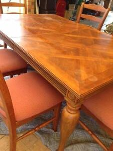 Dinning room table and 6 chairs Erskine Park Penrith Area Preview
