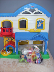 FISHER PRICE LITTLE PEOPLE HOUSE 2006 PRICE DOWN!!!!