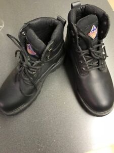 Womens Work Load Safety Boots - Size 6